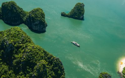 seaplane tour halong bay vietnam-3